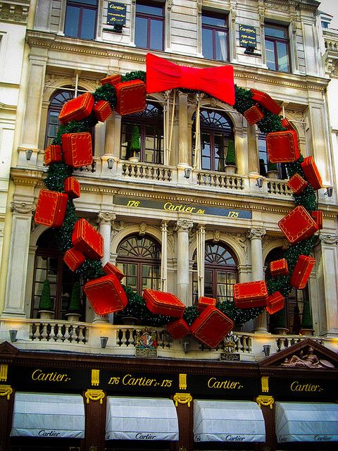"""Cartier is going """"over the top"""" every Christmas - Natali's ..."""