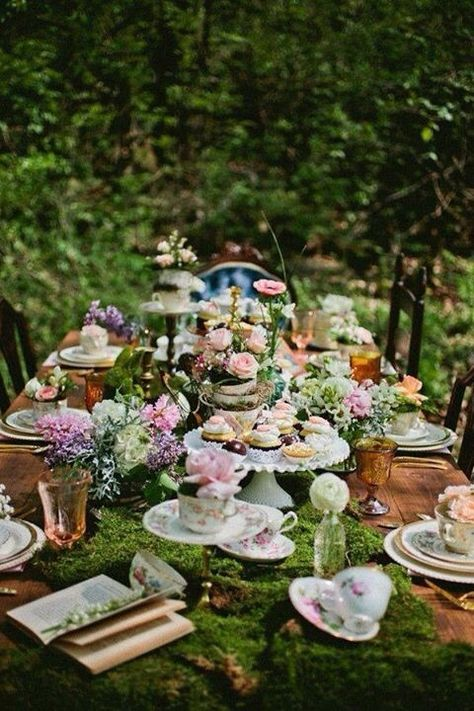 The Important Tip That You Need To Know About Throwing Vintage Garden Party  Is That It Probably Has To Look A Lot Like Sophisticated Tea Party.