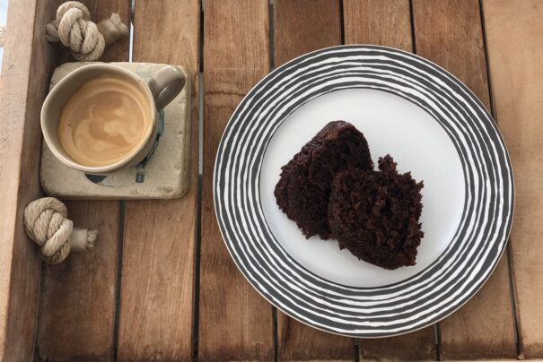 Try my GUILT FREE chocolate cake with yogurt